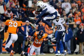 #DeporteInternacional / Chargers y Broncos dan inicio a la semana 6 de la#NFL