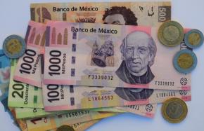 #EconomíaNacional / Peso mexicano enpicada