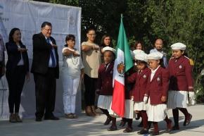#Local / Se beneficia a alumnos de preescolar con la construcción de cancha deportiva