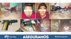 #NoticiaLocal / CAPTURAN A INCULPADOS POR ROBO DE MOTOCICLETAS, ASEGURAN ARMA YDROGAS