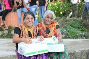 #Local / Llegan a Oaxaca13 toneladas de ayuda celayense